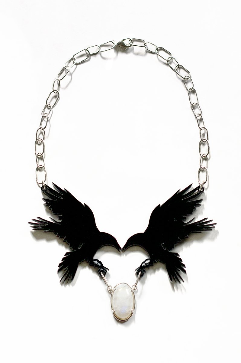 Raven necklace in plexi, sterling silver and moonstone