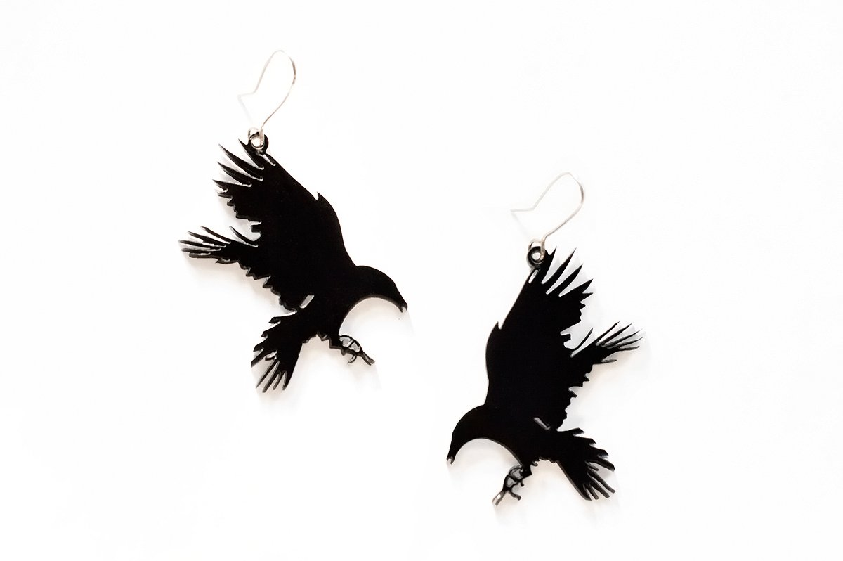 Raven earrings in plexi and sterling silver